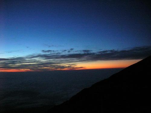 3100mからの夜明け