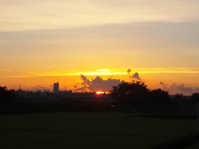 日の出です〜