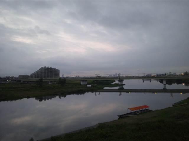 朝の狛江の橋〜