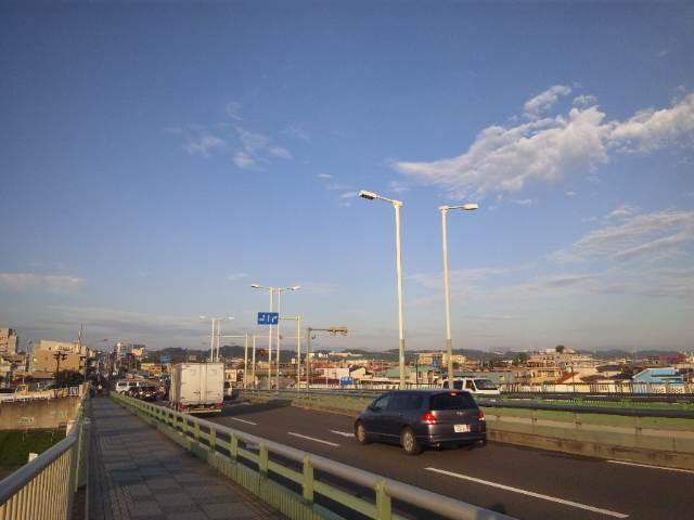 狛江の橋から〜