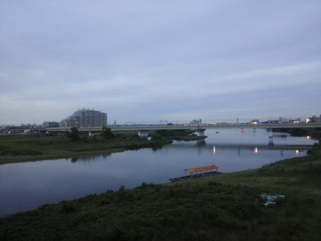 多摩川大橋にて