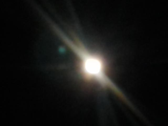 満月とオリオンと流星群